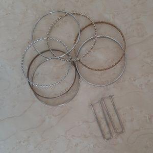 Accessories - 🎀free🎀Bracelet Bangels Earings